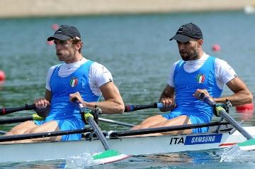 CANOTTAGGIO - Belgrado: l'Italia piazza quattro equipaggi in semifinale